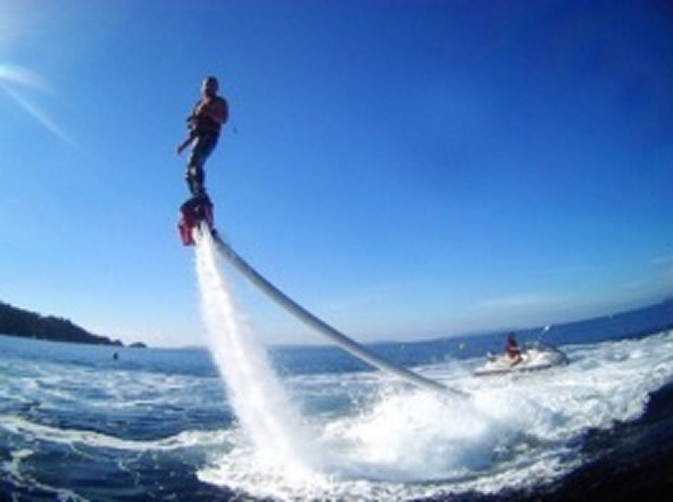 Flyboard a marseille port de la pointe rouge jetski - Navette vieux port pointe rouge marseille ...